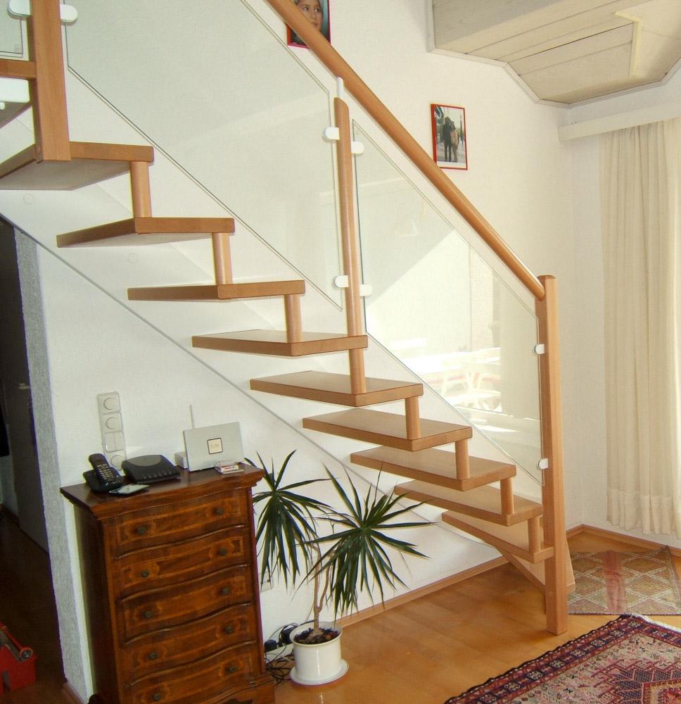 treppen stufen holztreppen restauration schreinerei holz und form gmbh bochum. Black Bedroom Furniture Sets. Home Design Ideas