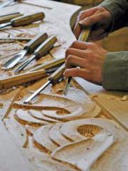 Bei der Restaurierung ist viel Handarbeit gefragt.<br> Bild: Monika Dieckmann
